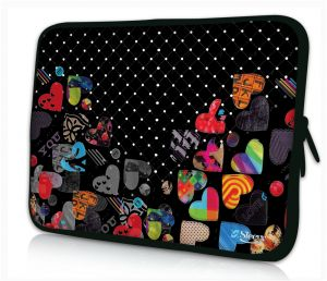 Sleevy 14 inch laptophoes hartjes